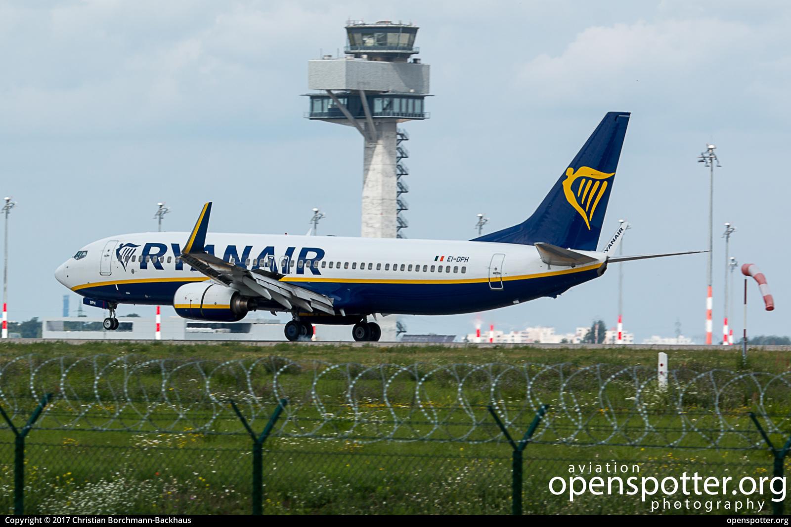 EI-DPH - Ryanair Boeing 737-8AS(WL) at Berlin-Schönefeld International Airport (SXF/EDDB) taken by Christian Borchmann-Backhaus | openspotter.org | ID: 44504