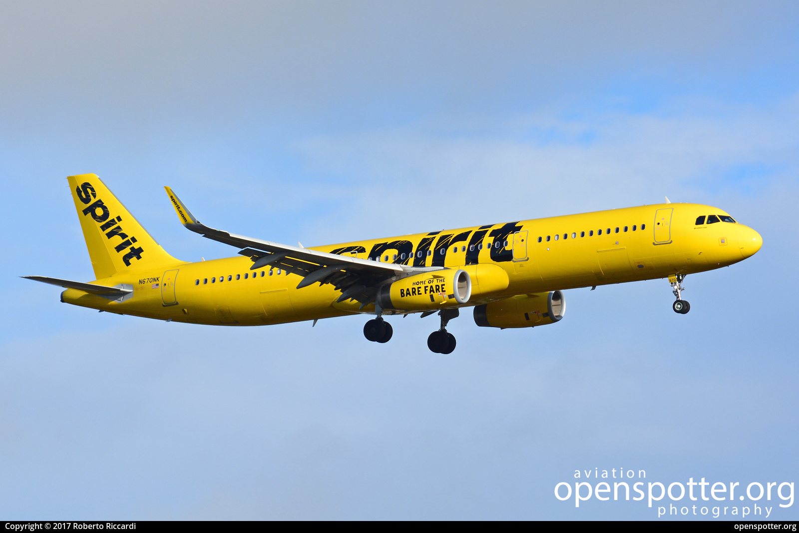 N670NK - Spirit Airlines Airbus A321-231(WL) at Seattle-Tacoma International Airport (SEA/KSEA) taken by Roberto Riccardi | openspotter.org | ID: 51516